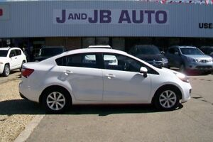 *** Low KM'S *** 2013 Kia Rio LX - ECO *** Everyone Approved!***