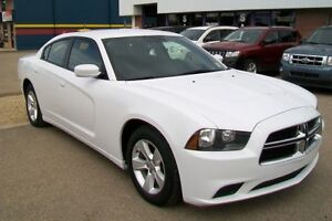 2014 Dodge Charger *** EVERYONE APPROVED ******