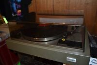 OPEN 10-6pm OVER 30,000 RECORDS! - VINTAGE & VINYL REPAIRS TOO!