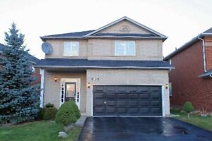 House for rent in Oakville 4Br+4Wr
