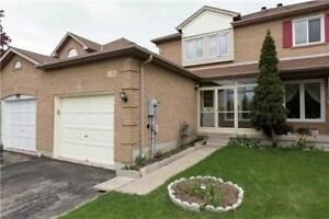 3 Bedroom TownHouse Apartment for Rent ( Eglinton/Terry Fox )