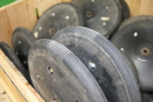 John Deere Rubber Closing Wheels