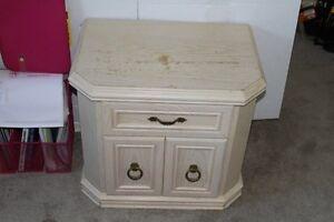 Dresser Drawers & Night Table Kitchener / Waterloo Kitchener Area image 8