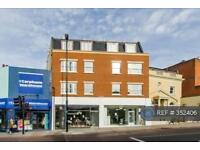 2 bedroom flat in St Johns Road, London, SW11 (2 bed)