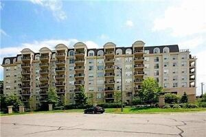 10ft CEILING PENTHOUSE CONDO in Thornhill - Chateau Ridge