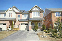 Gorgeous Luxury Townhouse in Mississauga Prime Location!!