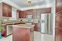 121 Cabin Trail Cres Whitchurch-Stouffville Beautiful House for