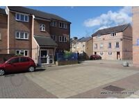 ***IDEAL FOR SHARERS*** Modern five bed townhouse in gated development close to DLR available NOW!!!