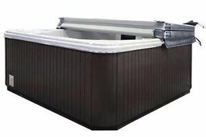 Refurbished Calspa series hot tub spa. (finance est $37.50 bi-weekly )