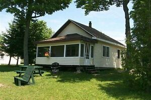 5 Lakefront Cottages on Manitoulin Island