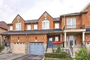 3 Bedroom Townhouse in Thornhill Woods