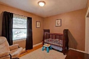 Main Floor Of A 3 Bedroom Bungalow in Central Newmarket London Ontario image 8
