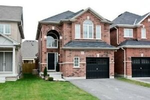 3 BR BEAUTIFUL DETACHED HOUSE FOR SALE IN WILLIAMSBURG WHITBY
