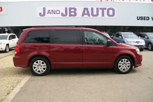 **Stow and Go**  2014 Grand Caravan **** ONLY 66,000 KM!!!!****