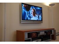 42 inch fully working TV can deliver Sameday wall mounted braket avaliable