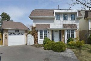Awesome Oakville Home With Swimming Pool! Oakville / Halton Region Toronto (GTA) image 1