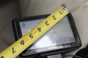 TomTom GPS Navigation System GO Model 4CQ01 LARGE screenUsed, i