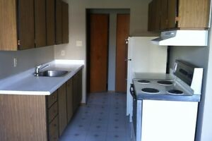 ONE AND TWO BEDROOMS FOR SEPTEMBER Kitchener / Waterloo Kitchener Area image 3