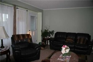 Townhouse For Sale In Innisfil.