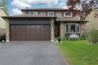 Fantastic House On A Quiet Street In A Sought After Neighbourhoo