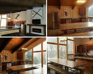 Blue Mountain 8 Bed Chalet - Private Beach - Hot Tub - Sleeps 16