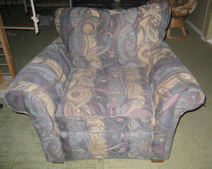 FREE - Sofa Chair