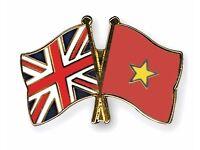 Native English speaker looking to meet native Vietnamese