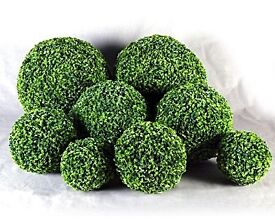 60cm Topiary Balls x 2 ( Pair )