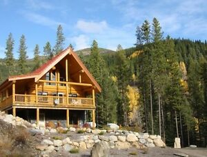 Luxury Log Chalet Rental - Panorma Resort, BC.