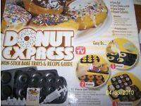 Emson Donut Express 3 nonstick pans/trays decoration kit Vintage BNIB Christmas house clearance