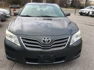 2010 Toyota Camry LE with 2 keys & 2 remote starter.
