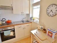 Studio flat in Kemptown 4 mins walk to Brighton pier, Pavilion historic Lanes, shops and resurants