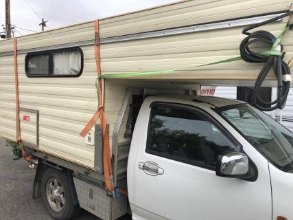 #2007{Penrith} King Size Slideon 13'X7' Suit tray back 4'x4'' Cowra Cowra Area Preview