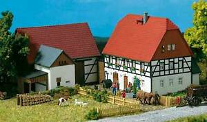 AUHAGEN-H0-11350-Pequenos-Granja-kit-construccion