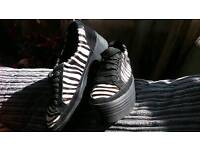 Outsider Sneakers