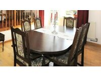 Dining table and 6 chairs (Old Charm)