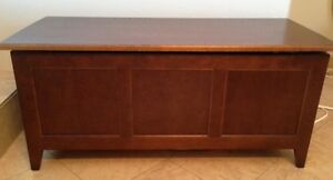 College Woodwork solid blanket/toy box London Ontario image 1