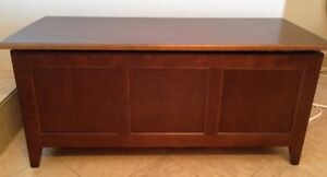 College woodwork blanket box London Ontario image 1