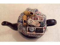 NOVELTY TEAPOT - 'Brown Betty' teapot with fabulous lid to depict shoe cleaning!!!