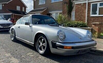 PORSCHE 911S 1974 COUPE STUNNING CAR