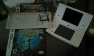 DSI and 3 Games for sale
