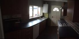 (UNDER OFFER)large two bed house with seperate dining room £495 pcm (UNDER OFFER)