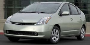 2009 Toyota Prius 5DR HB Rear DVD,  Heated Seats,  Bluetooth,