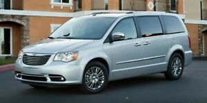 2015 Chrysler Town & Country Touring, leather, sunroof, b. up ca