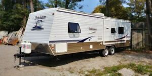 2007 Dutchmen Big Travel Trailer 32FT With SlideOut Like  NEW!