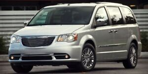 2013 Chrysler Town & Country TOURING STOW AND GO 3rd Row,  Back-