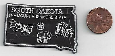 """SOUTH DAKOTA """" THE MOUNT RUSHMORE STATE""""  OUTLINE MAP MAGNET  NEW"""