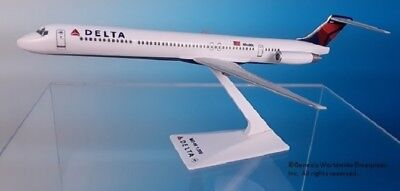 Flight Miniatures Delta Airlines Md 88 1 200 Scale Model With Stand