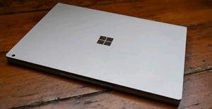"Microsoft Surface book 2 13"" i7 Nvidia gtx 1050"