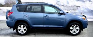 Bas kilométrage !!! 2012 Toyota RAV4 4X4 automatique 4R 13 500$